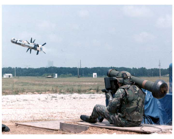 Javalin 3 Anti-Armour Missile  The Indian Army has decided to buy & license manufacture, the Javelin anti-tank guided missile made by Raytheon & Lockheed Martin.
