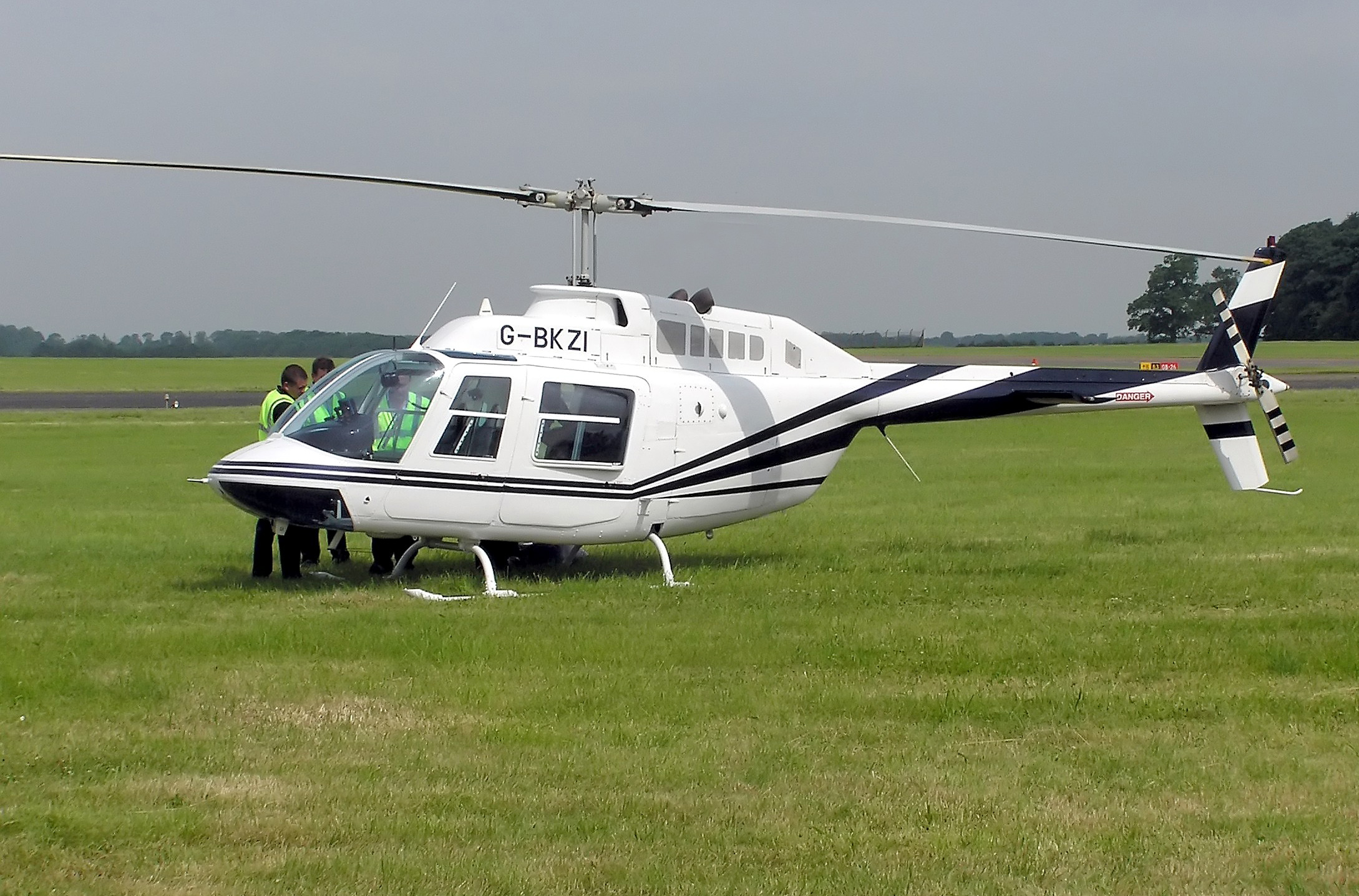 SINGLE-ENGINED 'BELL 407'