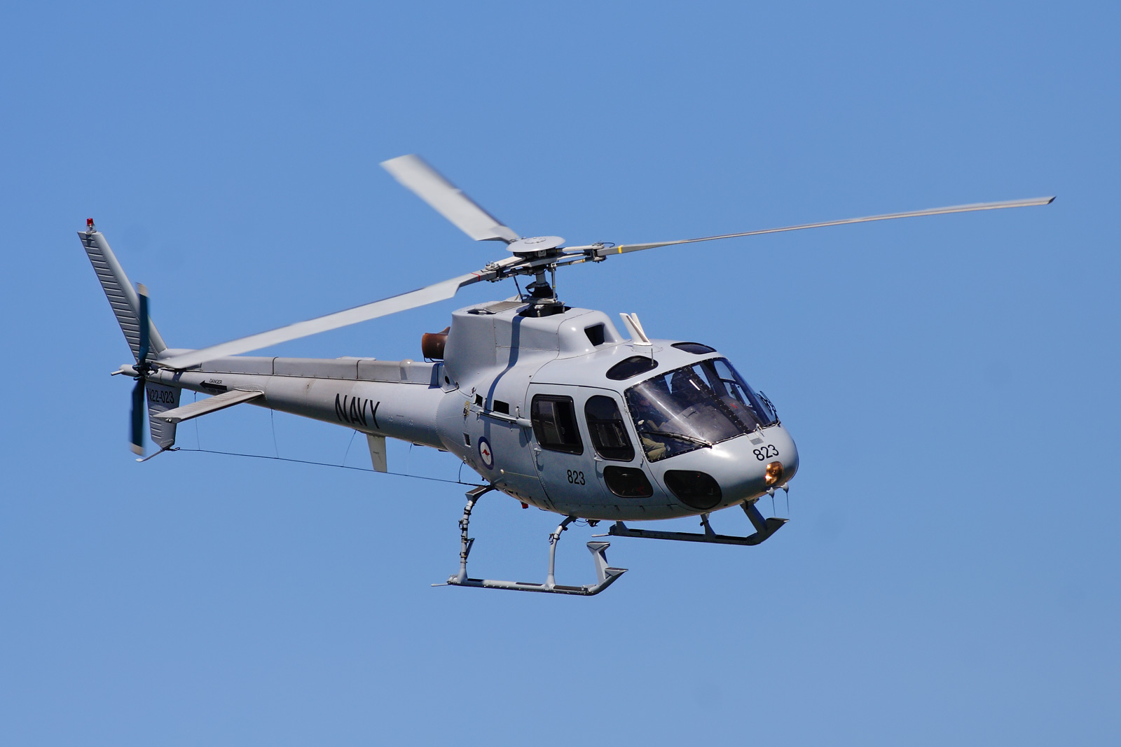 SINGLE-ENGINED 'SINGLE-ENGINED 'Eurocopter_AS550_C2_Fennec''