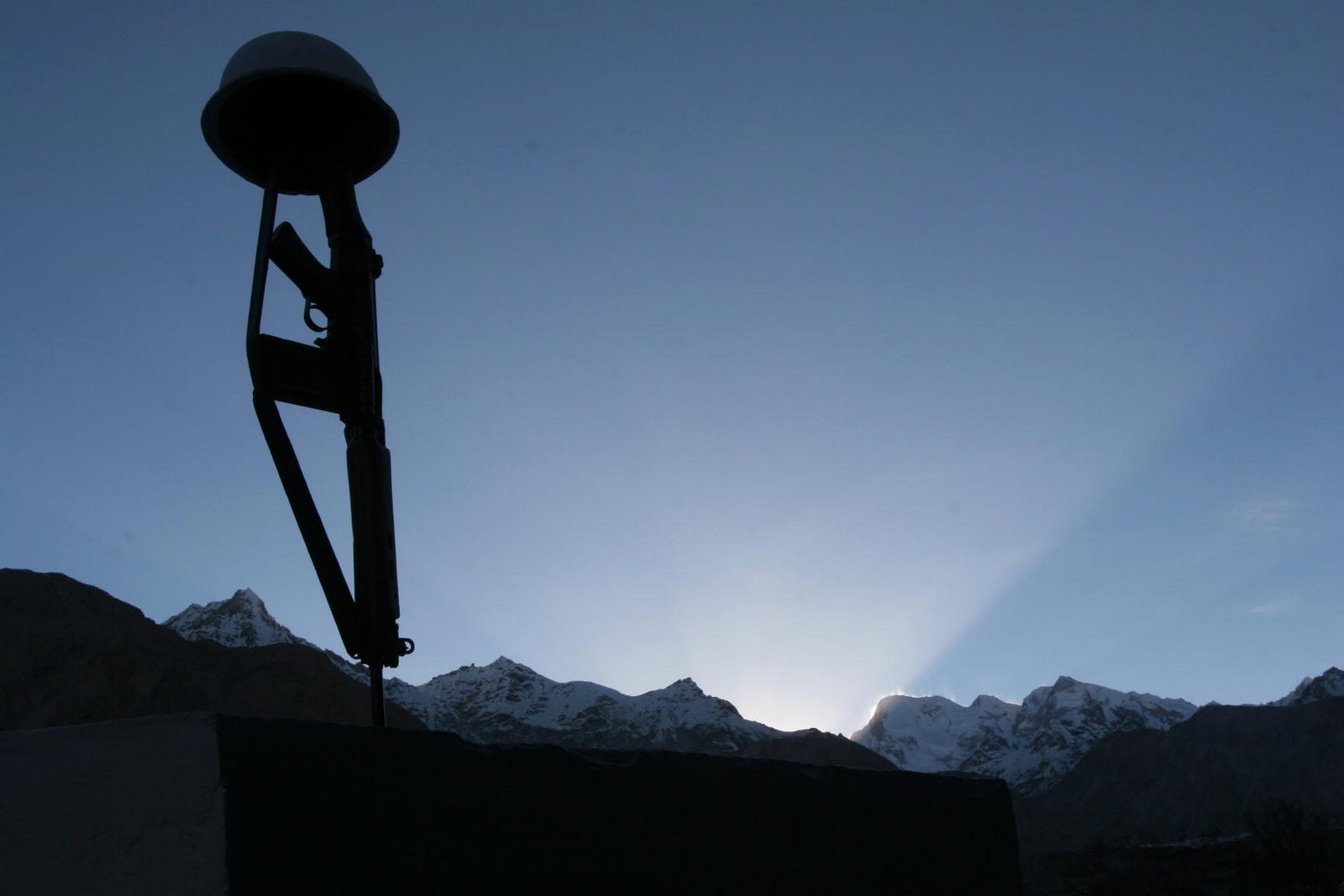 Indian_Army_Siachen_Memorial_At_Dawn_Himalayas
