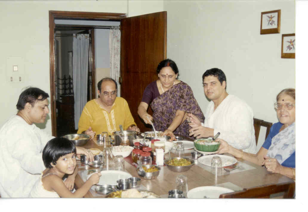 (2002) Myself at the dinner table with family, when I visited India after 23 long years. MY DAD HAD EXPIRED BY THEN !